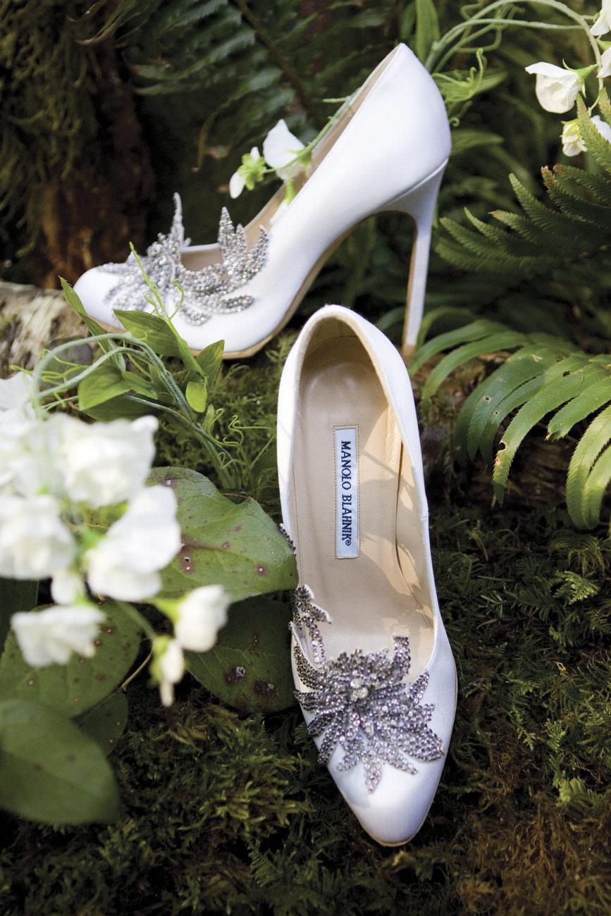 esküvő twilight, Misztikus félhomály az erdő mélyén, és persze alkonyat… Esküvő Twilight stílusban!