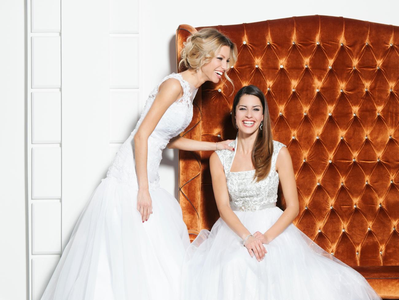 menyasszonyi ruha, esküvői ruha, alkalmi ruha, videó