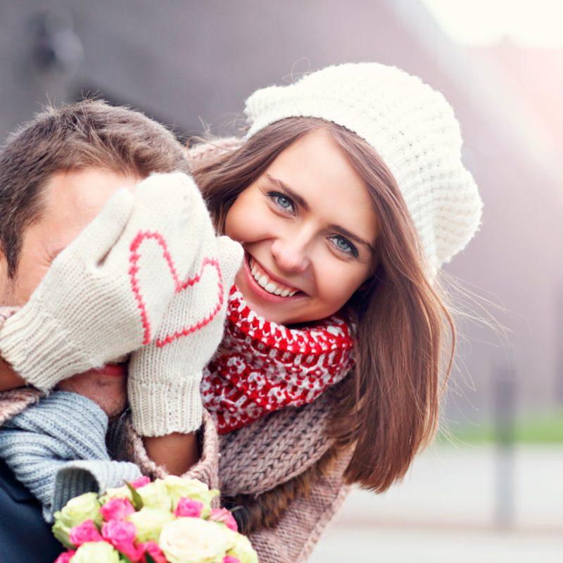 , Ez az első Valentin-nap, amióta eljegyeztek? Három mód, amivel emlékezetessé tehetitek!