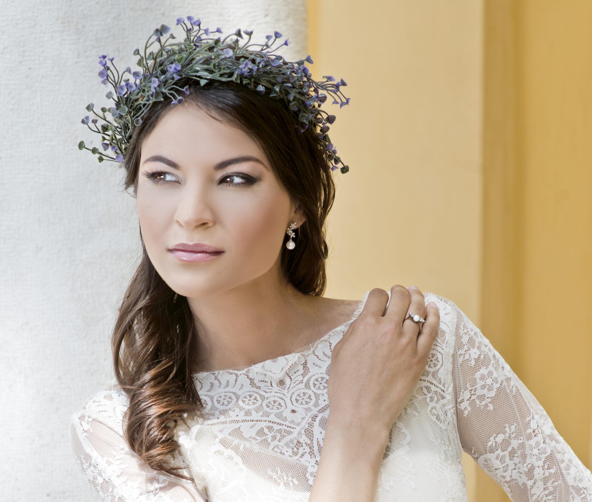 Nádai Anikó, menyasszonyi ruha, menyasszonyi ékszer, menyasszonyi smink, alkalmi smink, esküvői smink, menyasszonyi frizura, alkalmi frizura