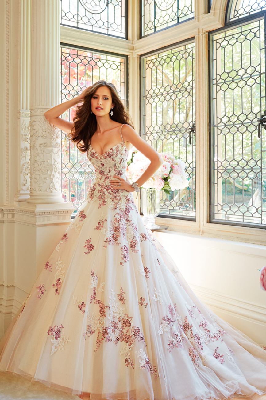 virágos menyasszonyi ruha, esküvői ruha, alkalmi ruha