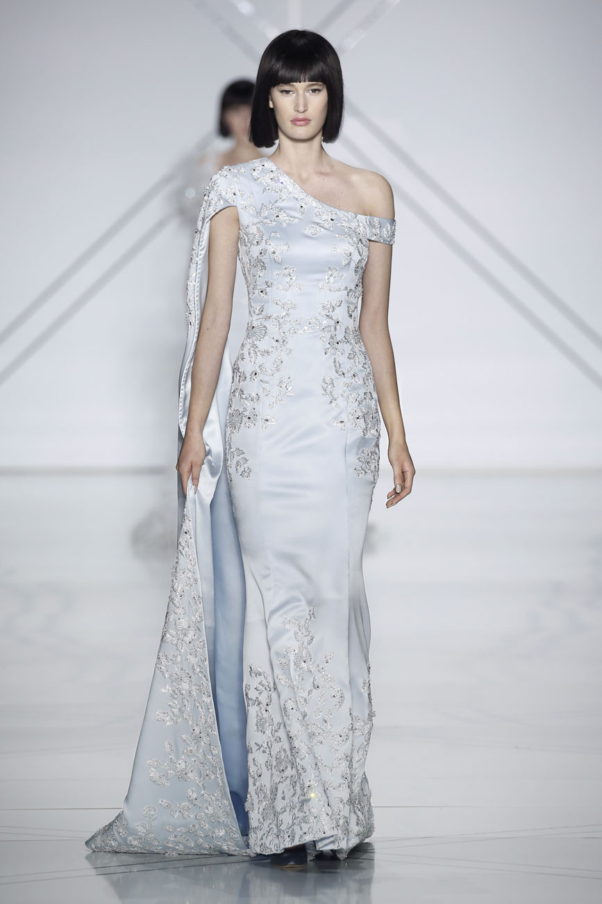 Ralph & Russo babakék menyasszonyi ruha