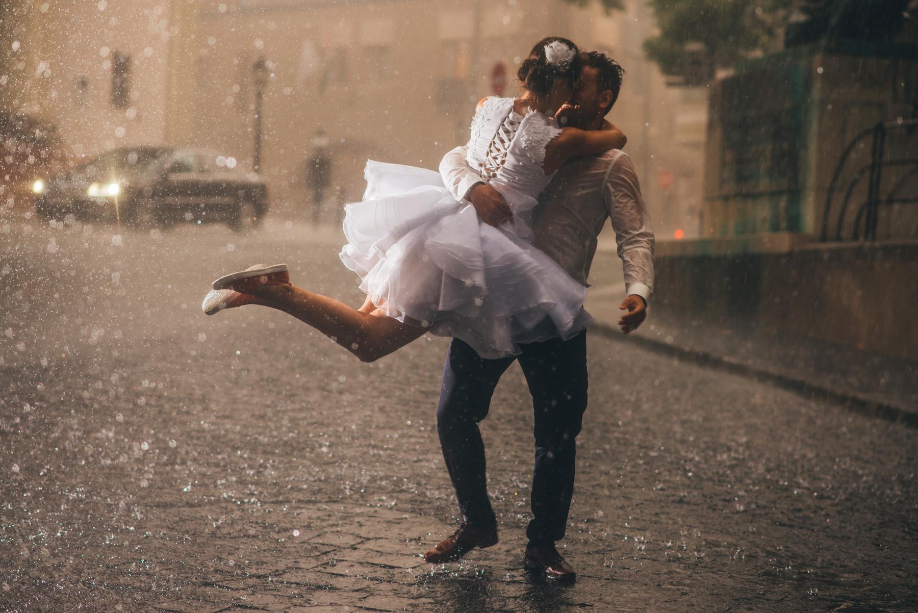 eső, szél, rossz idő az esküvő napján