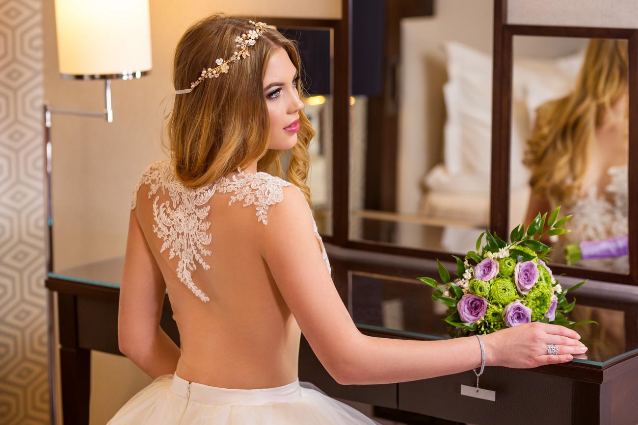 Zhoja menyasszonyi ruha