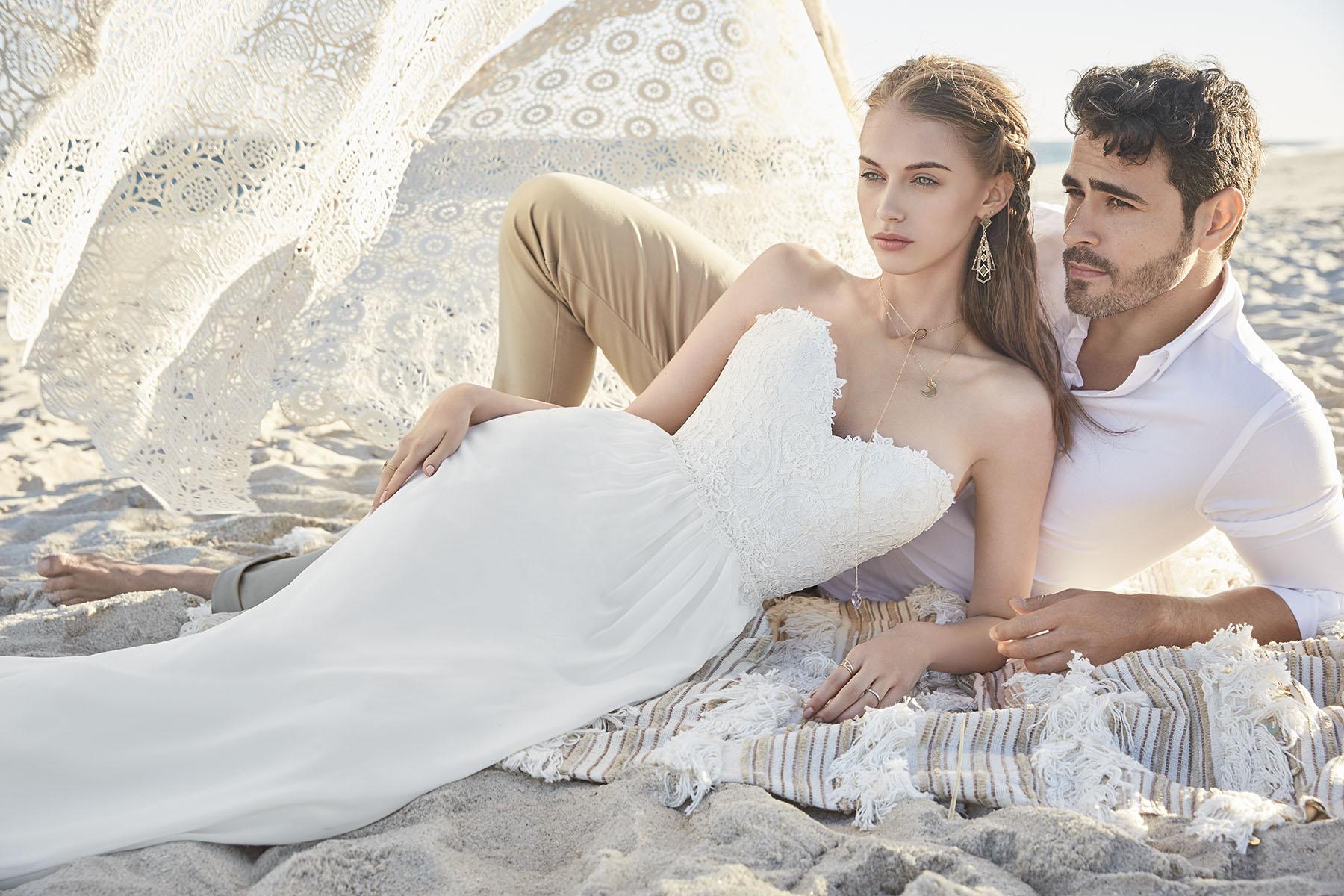 tengerparti esküvő, nyári menyasszonyi ruha