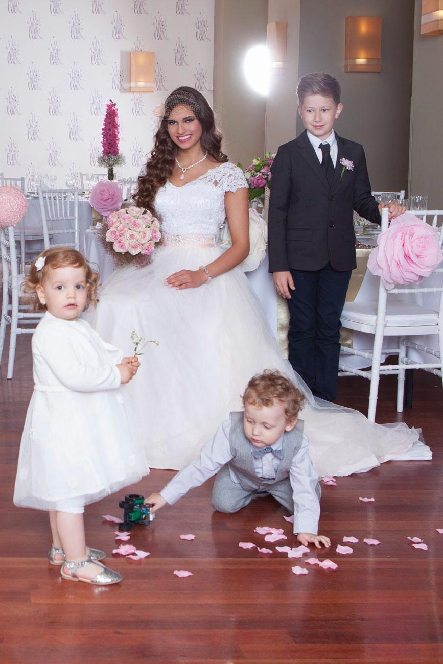 gyerek az esküvőn