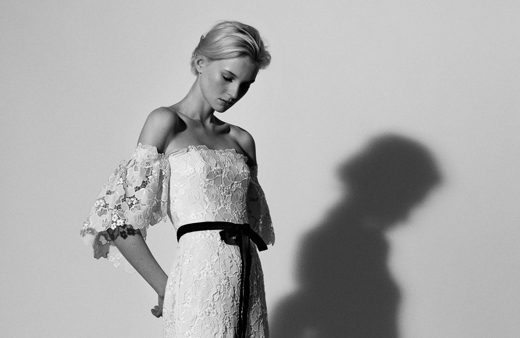 Carolina Herrera 2018 Tavasz menyasszonyi ruha
