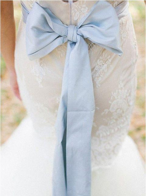 Valami kék, menyasszonyi ruha