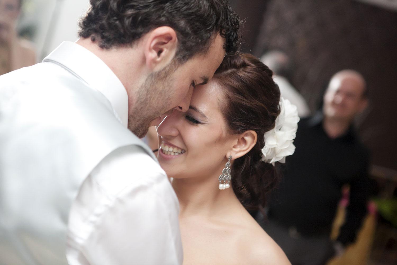 eslő tánc, esküvő, menyasszony, vőlegény, zene esküvőre