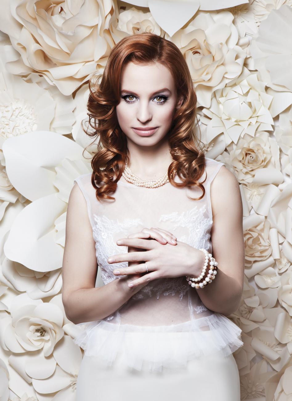 Smink vörös hajhoz, vörös hajú menyasszony, menyasszonyi smink, alkalmi smink, frizura, esküvői frizura