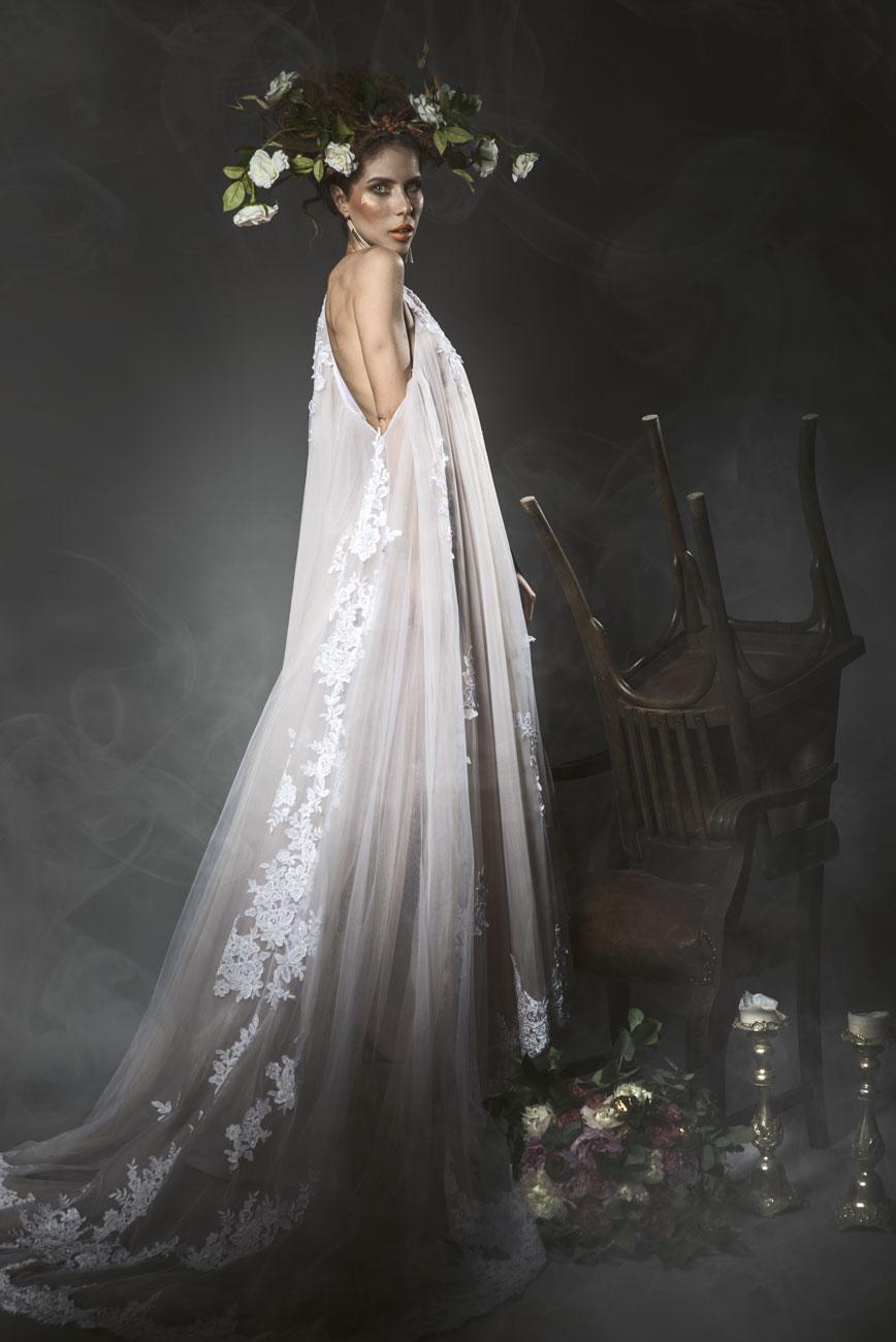 cinthya dictator, Szokatlan szépség – Oltár előtt Cinthya Dictator? Extrém menyasszony lett az installációs művész!