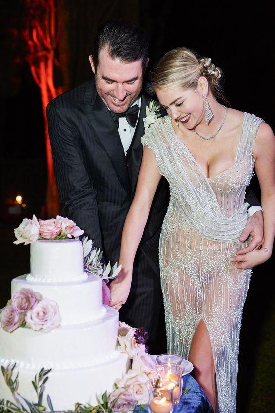 Kate Upton, Káprázatosan szép menyasszony volt Kate Upton – Toszkán stílusú kézfogó, a valóra vált álomesküvő