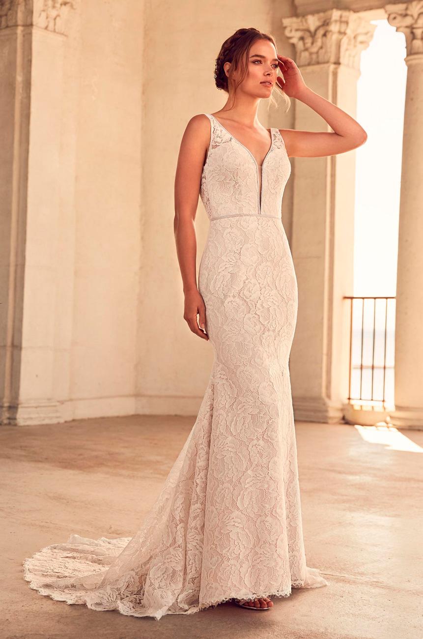 , A nőiesség és játékosság találkozása egyetlen kollekcióban: Ismerd meg a Mikaella by Paloma Blanca menyasszonyi ruháit!