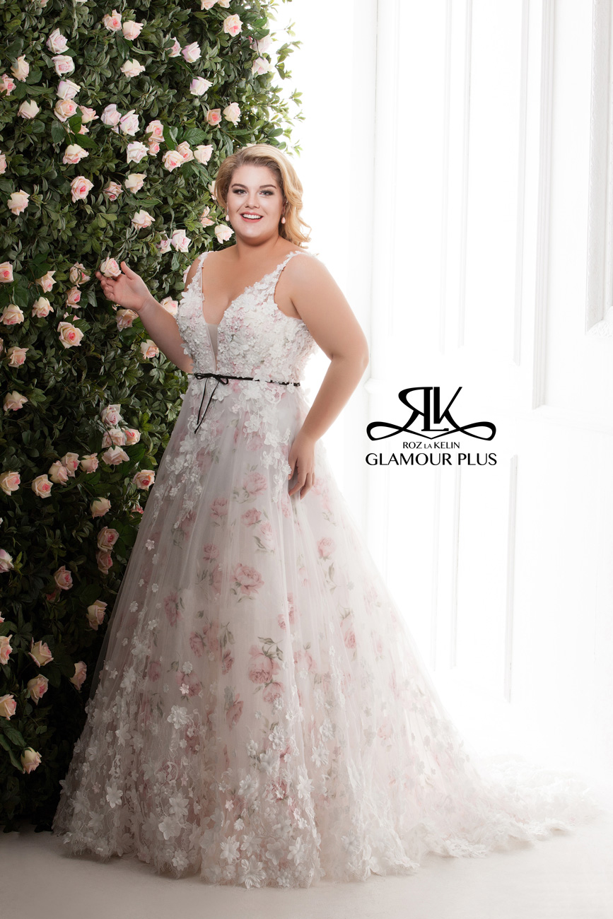 molett menyasszonyi ruha, Páratlan elegancia és glamour-os ragyogás: Roz La Kelin menyasszonyi ruha kollekcióját a plus size arák is imádni fogják!
