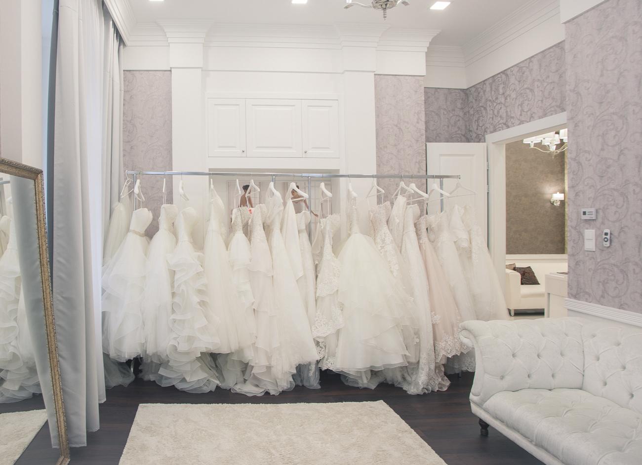 Vicora Esküvői Ruhaszalon, Finom elegancia, luxus kiszolgálás egy helyen: új helyre költözött a Vicora Esküvői Ruhaszalon