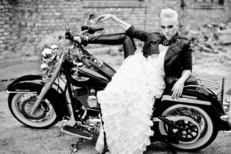 a03e582038 A királylányostól a rockerig: Menyasszonyi ruha a stílusodhoz szabva ...