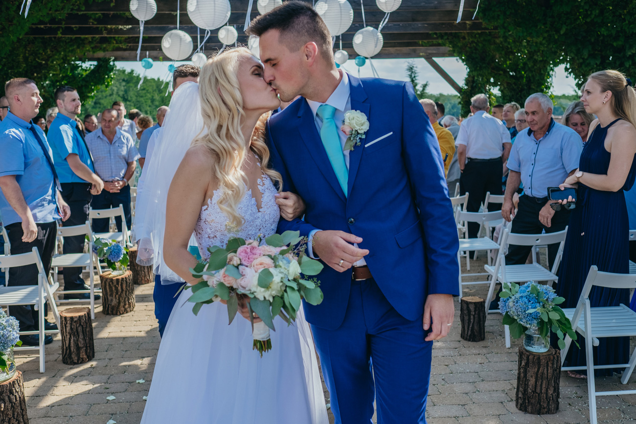 Levendulás DIY real wedding