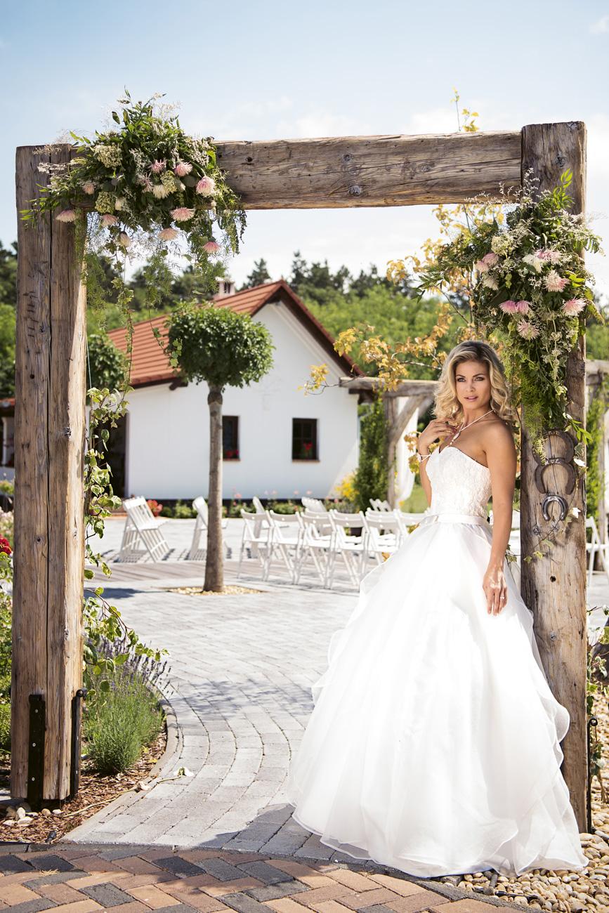 Bálizs Anett esküvő