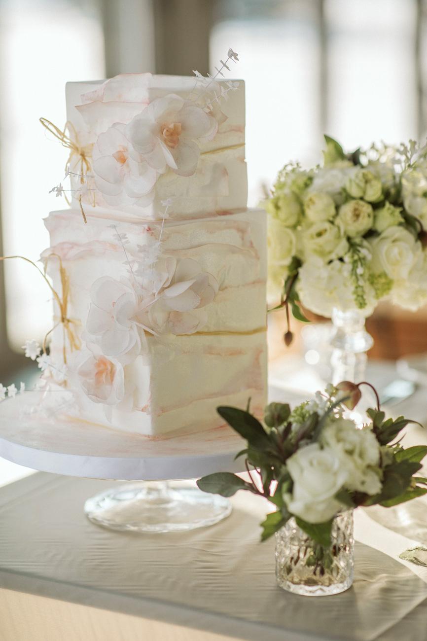 dc0e8aeab7 eskuvo-classic-eskuvoi-torta-xii-szk-design-tortamuhely-1 | Esküvő ...