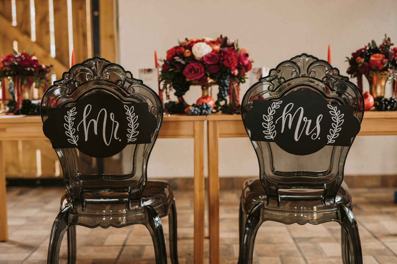 Kis Bernadett & Solti Ádám esküvője, pajta esküvő