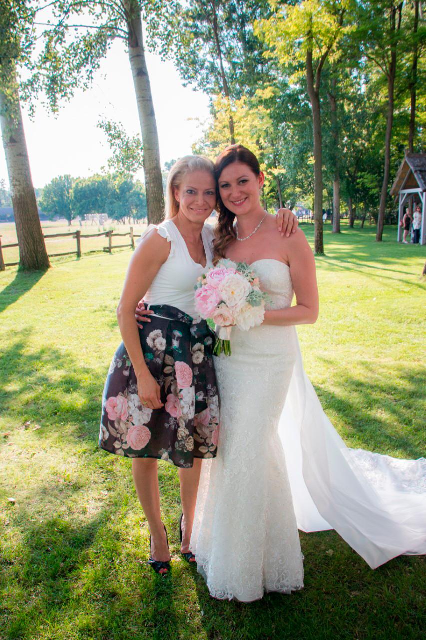 Csikós Hajnalka a Shine Rendezvény esküvőszervező