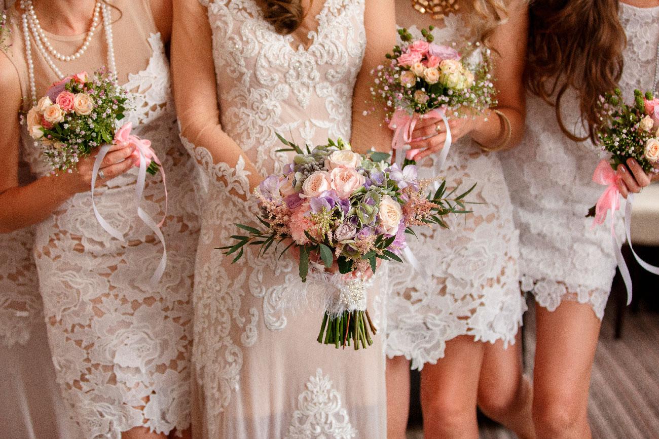 Koszorúslány, lánybúcsú, esküvőszervezés