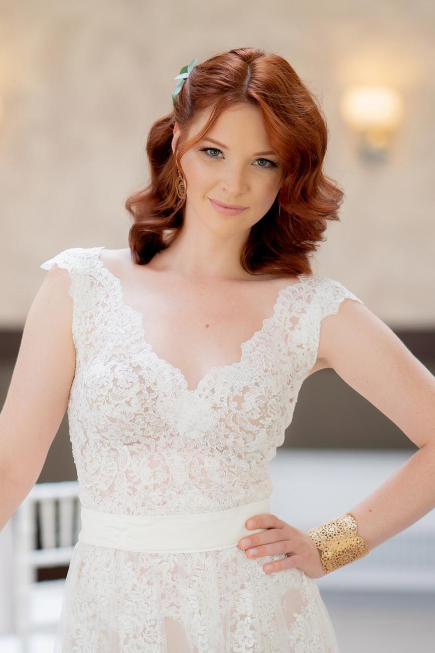 esküvői sminkes, Menyasszonyi sminktrendek – Szemek vagy ajkak: mi legyen fókuszban az esküvői sminkben?