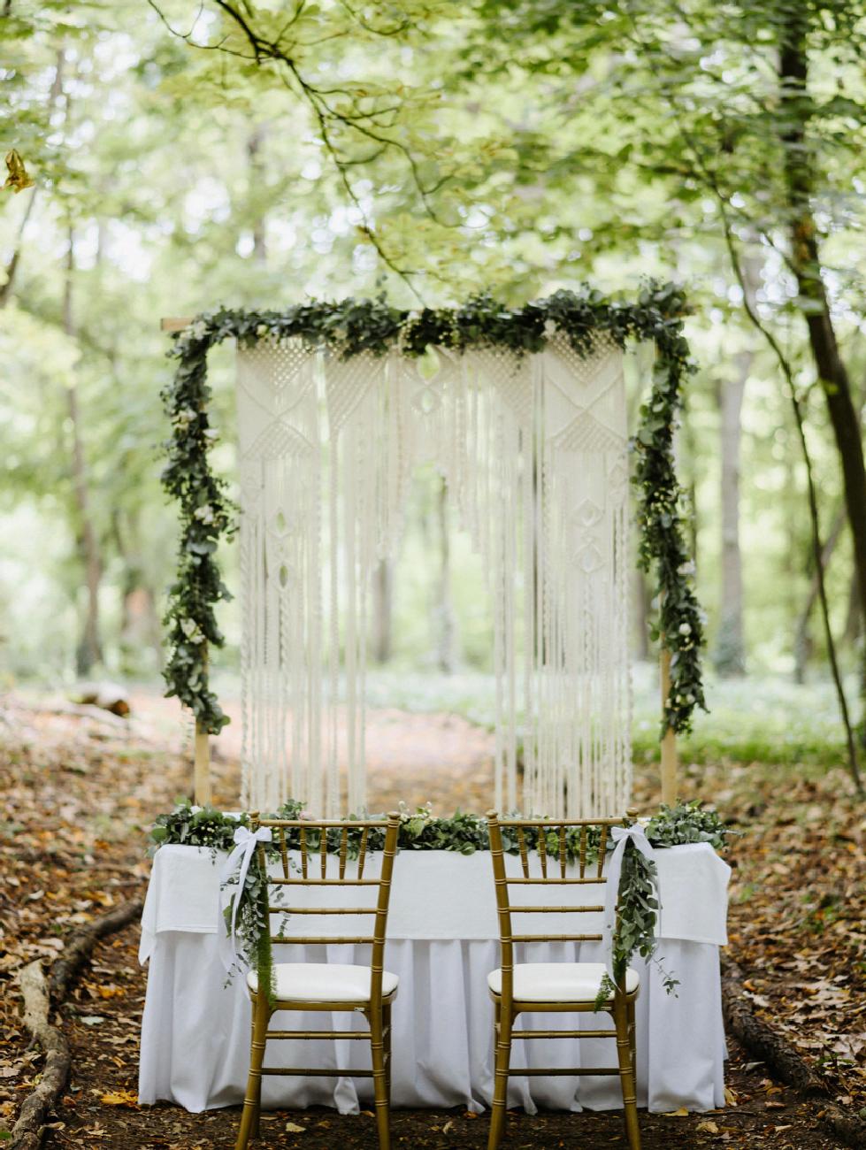 Mobler, Borszamár, esküvőszervezás, esküvőszervező, bútorbérlés esküvőre