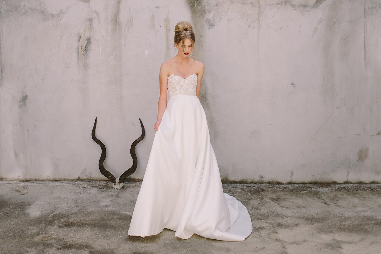 menyasszonyi ruha, Időtlen elegancia és buja nőiesség – Az Anna Georgina Pure menyasszonyi ruha kollekciója minden generációnak tartogat meglepetéseket