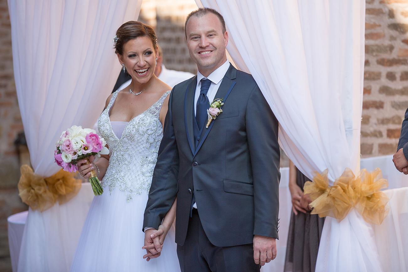 esküvői ruhaszalon, Menyasszonyi ruha és esküvőszervezés egy helyen – A Bianca Esküvői Ruhaszalon és a V-Art Rendezvényszervezés a gondtalan esküvő záloga