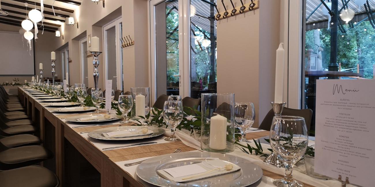 Hotel Tiliana esküvő, Árnyat adó erdő és mókusok – Romantikus esküvői helyszín a Hárshegy lábánál, a Hotel Tilianában