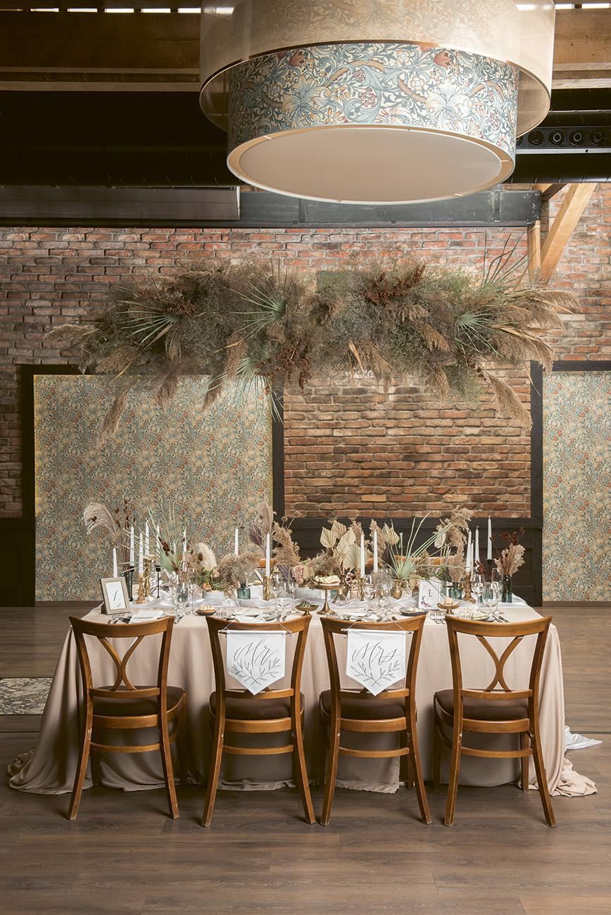bohém esküvői stílus, Pampafüves dekoráció – A bohém esküvői stílus, amiért most megőrülnek a menyasszonyok