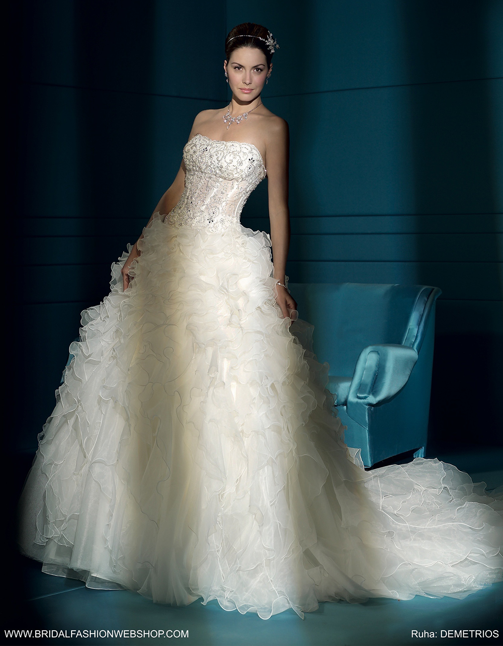 menyasszonyi ruha webshop, Egyedülálló menyasszonyi ruha webshop a Fehér Szalontól – A többgenerációs szalon számos újdongással készül a következő szezonra