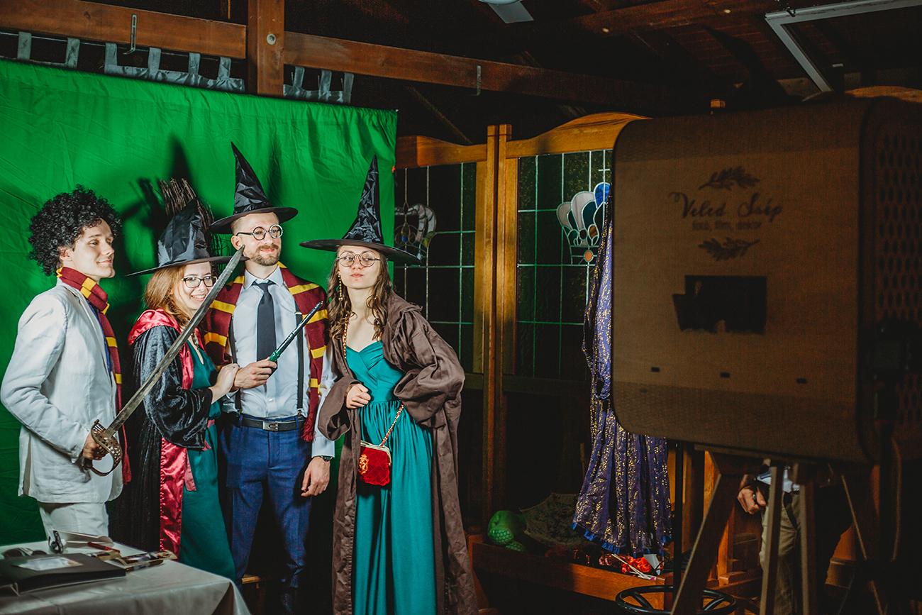 tematikus fotósarok, Tematikus fotósarok esküvőre – Bújj a kedvenc Star Wars vagy Harry Potter karaktered bőrébe a nagy napon